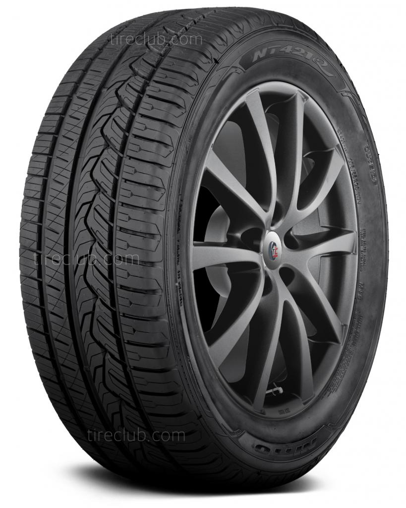 Nitto NT421Q tires